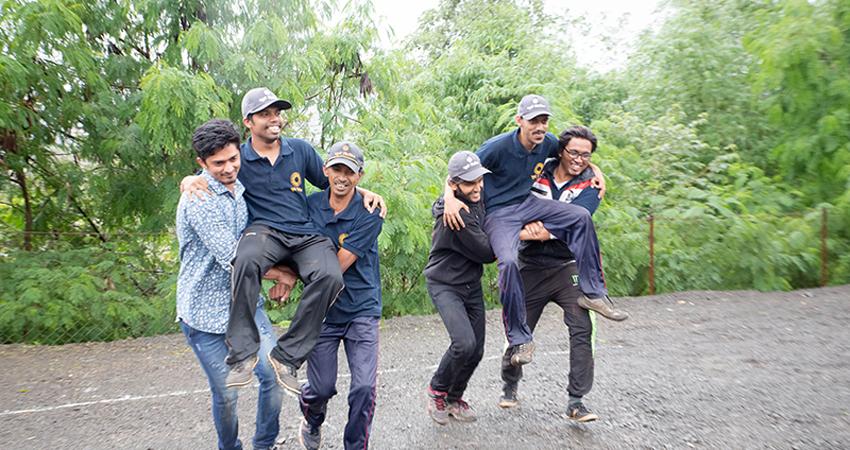 Ganpati Bappa Race - Team Building